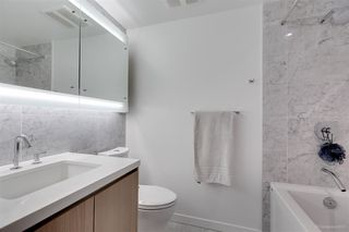 Photo 6: 1106 68 SMITHE STREET in Vancouver: Downtown VW Condo for sale (Vancouver West)  : MLS®# R2281887
