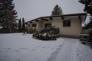 Photo 2: 12203 41 AV NW in Edmonton: House for sale : MLS®# E4140297