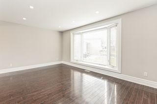Photo 6: 687 Demaris Court in Burlington: House for sale : MLS®# H4052206