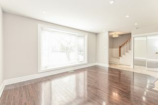 Photo 9: 687 Demaris Court in Burlington: House for sale : MLS®# H4052206