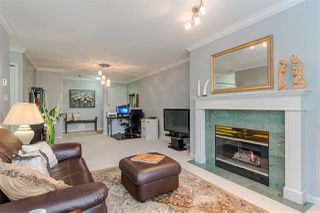 "Photo 4: 401 15340 19A Avenue in Surrey: King George Corridor Condo for sale in ""STRATFORD GARDENS"" (South Surrey White Rock)  : MLS®# R2390393"