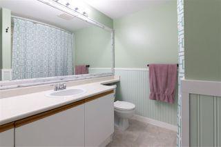 "Photo 13: 302 1750 MCKENZIE Road in Abbotsford: Poplar Townhouse for sale in ""ALDERGLEN"" : MLS®# R2394736"
