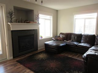 Photo 2: 16 9511 102 Avenue: Morinville Townhouse for sale : MLS®# E4178333