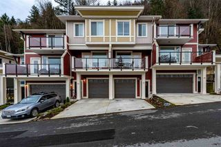 """Main Photo: 79 6026 LINDEMAN Street in Sardis: Promontory Townhouse for sale in """"Hillcrest Lane"""" : MLS®# R2420758"""
