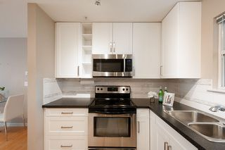 Photo 7: 205 1333 W 7TH AVENUE in Vancouver: Fairview VW Condo for sale (Vancouver West)  : MLS®# R2398312