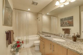 """Photo 9: 107 16421 64 Avenue in Surrey: Cloverdale BC Condo for sale in """"St. Andrews"""" (Cloverdale)  : MLS®# R2458467"""