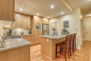 """Photo 4: 107 16421 64 Avenue in Surrey: Cloverdale BC Condo for sale in """"St. Andrews"""" (Cloverdale)  : MLS®# R2458467"""