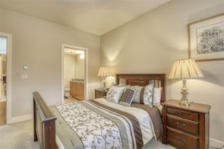 """Photo 11: 107 16421 64 Avenue in Surrey: Cloverdale BC Condo for sale in """"St. Andrews"""" (Cloverdale)  : MLS®# R2458467"""