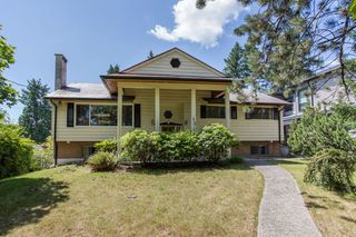 Photo 1: 512 BLUE MOUNTAIN Street in Coquitlam: Coquitlam West House for sale : MLS®# R2476332