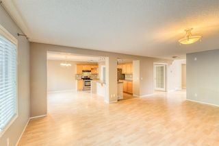 Photo 11: 89 Westpoint Gardens SW in Calgary: West Springs Detached for sale : MLS®# A1035602