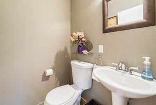 Photo 11: 5634 6 Street SW in Calgary: Windsor Park Row/Townhouse for sale : MLS®# A1040612