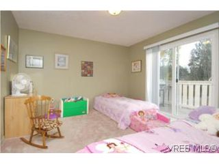 Photo 6: 735 Kelly Road in VICTORIA: Co Hatley Park Single Family Detached for sale (Colwood)  : MLS®# 255926