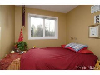 Photo 14: 735 Kelly Road in VICTORIA: Co Hatley Park Single Family Detached for sale (Colwood)  : MLS®# 255926