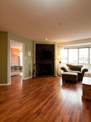 """Photo 19: 412 789 W 16TH Avenue in Vancouver: Fairview VW Condo for sale in """"SIXTEEN WILLOWS"""" (Vancouver West)  : MLS®# V938093"""