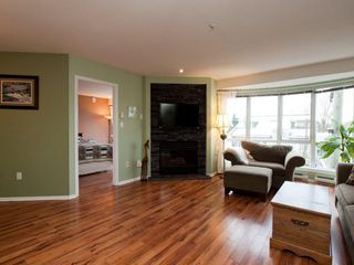 """Photo 13: 412 789 W 16TH Avenue in Vancouver: Fairview VW Condo for sale in """"SIXTEEN WILLOWS"""" (Vancouver West)  : MLS®# V938093"""