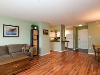 """Photo 16: 412 789 W 16TH Avenue in Vancouver: Fairview VW Condo for sale in """"SIXTEEN WILLOWS"""" (Vancouver West)  : MLS®# V938093"""