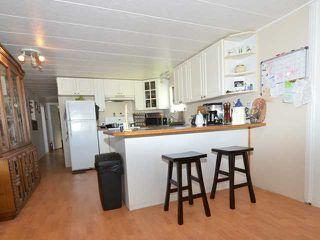 """Photo 4: 37 201 CAYER Street in Coquitlam: Maillardville Manufactured Home for sale in """"WILDWOOD PARK"""" : MLS®# V972709"""