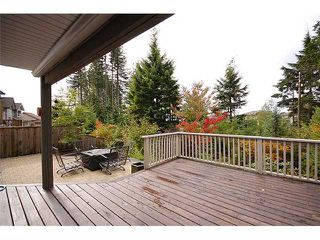 "Photo 3: 82 HAWTHORN Drive in Port Moody: Heritage Woods PM House for sale in ""HERITAGE WOODS"" : MLS®# V1003245"