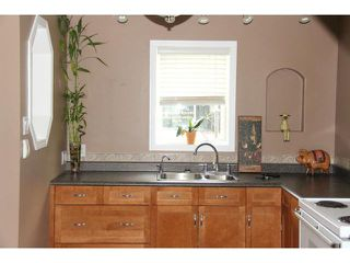 Photo 4: 364 Hazel Dell Avenue in WINNIPEG: East Kildonan Residential for sale (North East Winnipeg)  : MLS®# 1315912