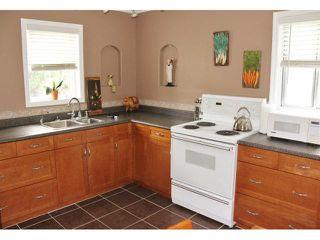 Photo 2: 364 Hazel Dell Avenue in WINNIPEG: East Kildonan Residential for sale (North East Winnipeg)  : MLS®# 1315912
