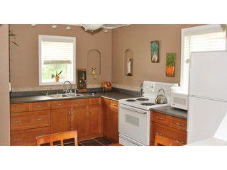 Photo 3: 364 Hazel Dell Avenue in WINNIPEG: East Kildonan Residential for sale (North East Winnipeg)  : MLS®# 1315912