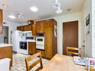 Photo 5: CLAIREMONT House for sale : 4 bedrooms : 4263 Tolowa Street in San Diego