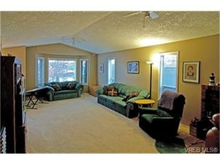 Photo 2:  in VICTORIA: SW Northridge Single Family Detached for sale (Saanich West)  : MLS®# 449995