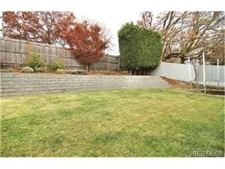 Photo 9:  in VICTORIA: SW Northridge Single Family Detached for sale (Saanich West)  : MLS®# 449995