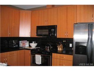 Photo 2:  in VICTORIA: Vi Rock Bay Condo for sale (Victoria)  : MLS®# 452413