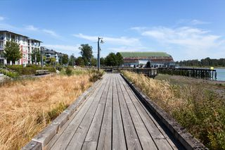 Photo 11: 117 4600 Westwater Drive in Richmond: Steveston South Home for sale ()  : MLS®# V971905