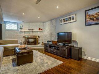 Photo 4: 904 Briar Hill Avenue in Toronto: Briar Hill-Belgravia House (Bungalow) for sale (Toronto W04)  : MLS®# W3006812