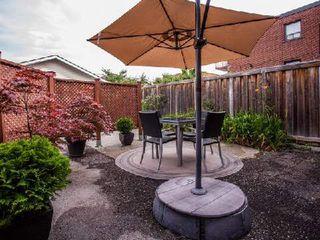 Photo 10: 904 Briar Hill Avenue in Toronto: Briar Hill-Belgravia House (Bungalow) for sale (Toronto W04)  : MLS®# W3006812