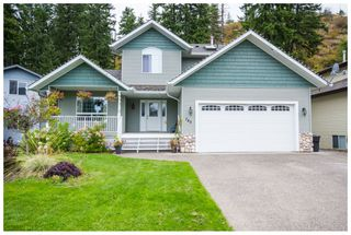 Photo 2: 740 Southeast 37 Street in Salmon Arm: Little Mountain House for sale (SE Salmon Arm)  : MLS®# 10088165