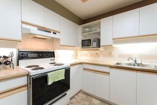 Photo 5: # 406 6735 STATION HILL CT in Burnaby: South Slope Condo for sale (Burnaby South)  : MLS®# V1083333