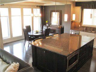 Photo 3: 2114 WARRY WY in Edmonton: Zone 56 House for sale : MLS®# E3385233