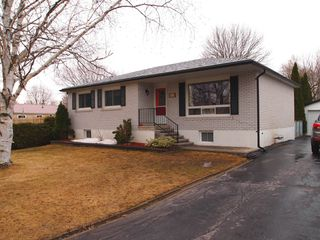 Main Photo: 305 Church Street: Beaverton Freehold for sale (Brock)  : MLS®# N3739686