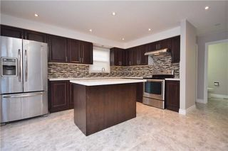 Photo 5: 639 Foxwood Tr in Pickering: Amberlea Freehold for sale : MLS®# E3772046