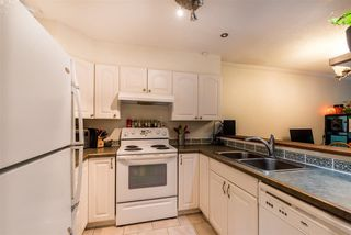 Photo 12: 35 2978 WALTON AVENUE in Coquitlam: Canyon Springs Townhouse for sale : MLS®# R2285370