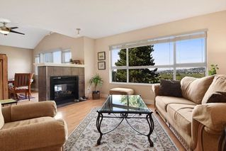 Photo 2: 1115 CLERIHUE Road in Port Coquitlam: Citadel PQ Townhouse for sale : MLS®# R2424897