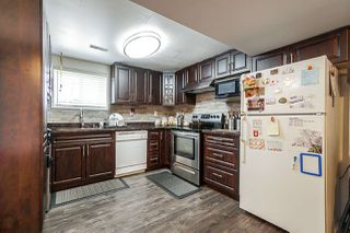 Photo 4: 1437 E 63RD Avenue in Vancouver: Fraserview VE House for sale (Vancouver East)  : MLS®# R2426997
