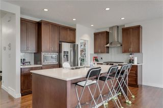 Photo 3: 273 WALDEN Square SE in Calgary: Walden Detached for sale : MLS®# C4296858