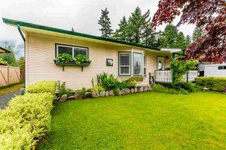 Photo 3: 19875 PETER Street in Hope: Hope Silver Creek House for sale : MLS®# R2458395