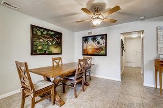 Photo 8: OCEANSIDE House for sale : 4 bedrooms : 3252 Carolyn Circle