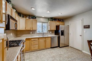 Photo 7: OCEANSIDE House for sale : 4 bedrooms : 3252 Carolyn Circle