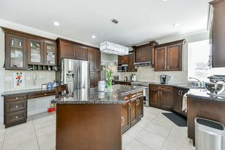 Photo 12: 27733 SIGNAL Court in Abbotsford: Aberdeen House for sale : MLS®# R2476565