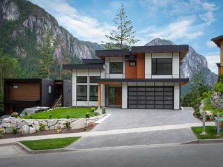 Photo 31: 2204 WINDSAIL PLACE in Squamish: Plateau House for sale : MLS®# R2464154
