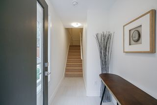 """Photo 13: 46 1670 160 Street in Surrey: King George Corridor Townhouse for sale in """"Isola"""" (South Surrey White Rock)  : MLS®# R2518660"""