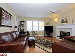 "Photo 2: 303 13870 70TH Avenue in Surrey: East Newton Condo for sale in ""Chelsea Gardens"" : MLS®# F1226049"
