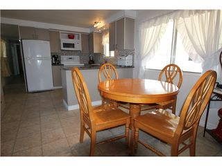 "Photo 5: 288 201 CAYER Street in Coquitlam: Maillardville Manufactured Home for sale in ""WILDWOOD PARK"" : MLS®# V1007219"