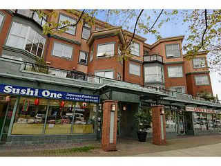 "Photo 11: # 104 131 W 3RD ST in North Vancouver: Lower Lonsdale Condo for sale in ""Seascape"" : MLS®# V1024848"